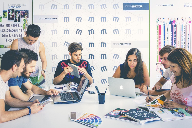 Gli studenti hanno a disposizione strutture, strumenti e servizi professionali