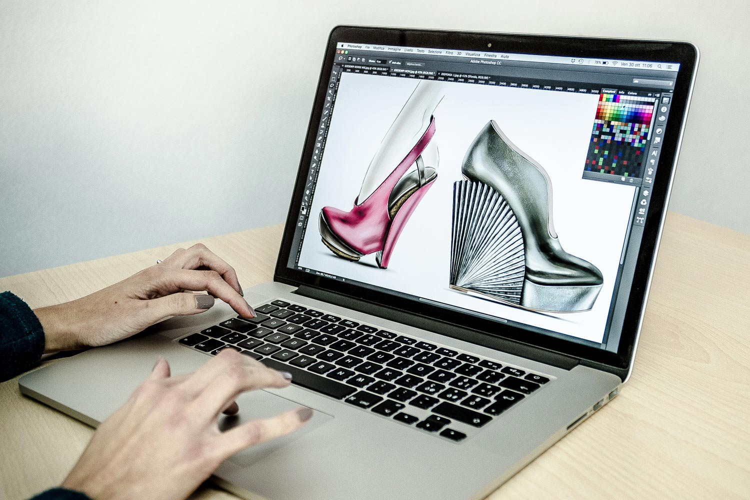 Lezione di Shoe Digital Design al corso Fashion Design